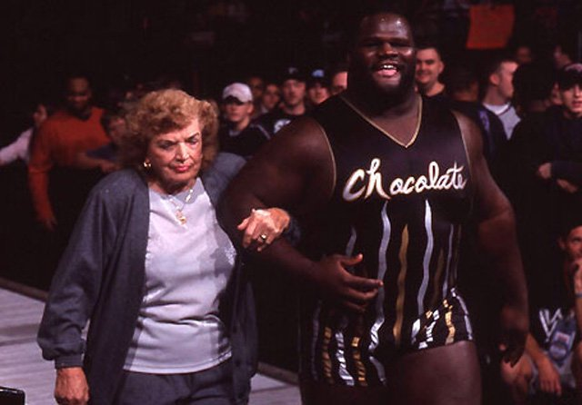mae young mark henry