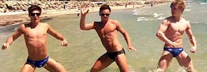 tom daley beach
