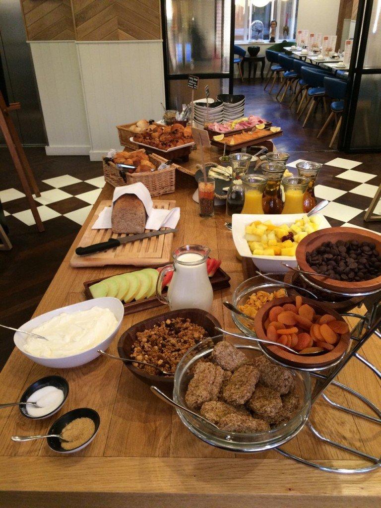 hotel indigo breakfast