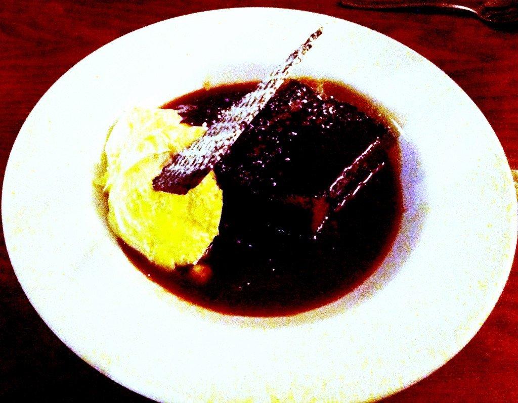 so-so-gay-dessert-1024x797