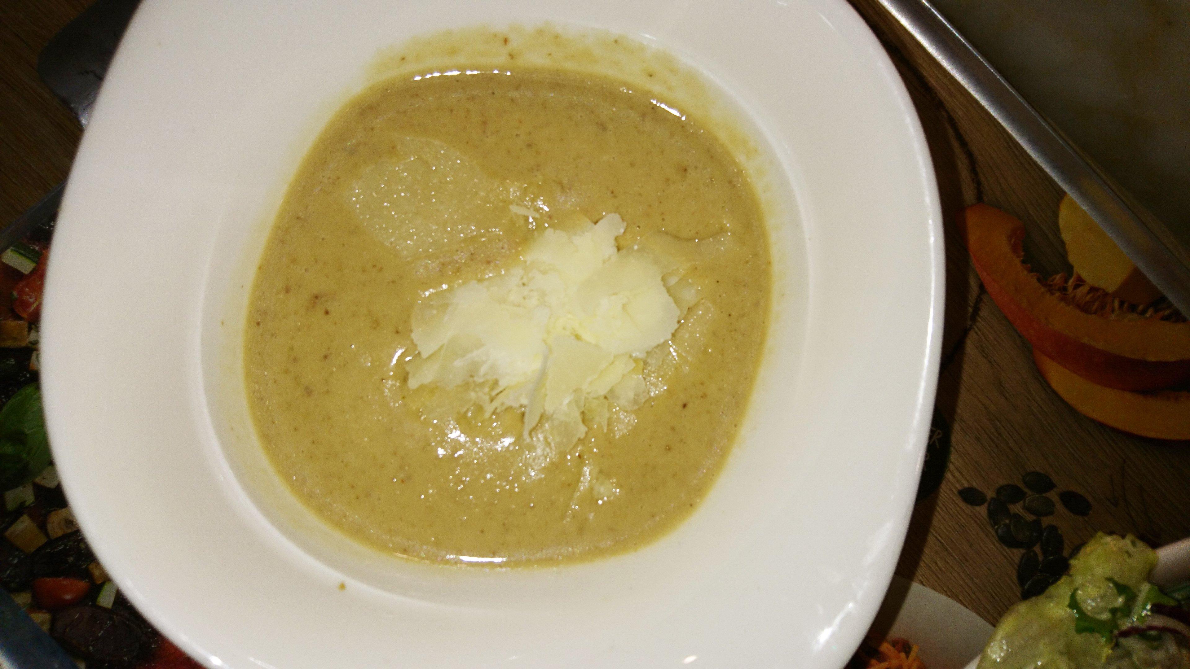 vapiano-chestnut-soup