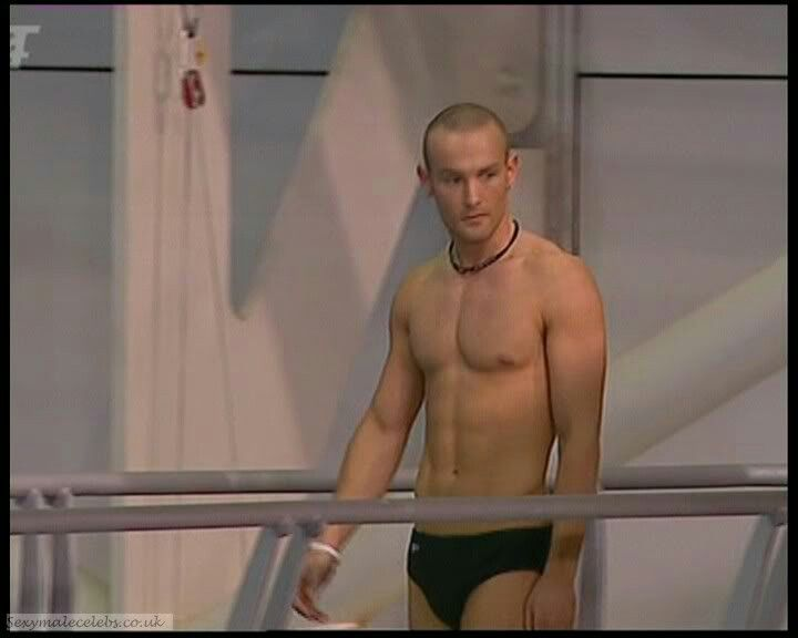 kevin-simm-topless