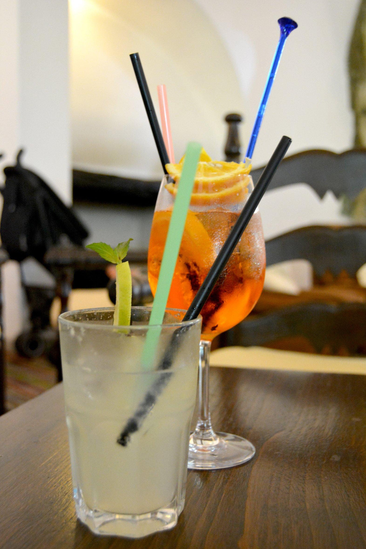 Su Gologone Hotel - bars