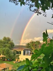 Su Gologone Hotel rainbow