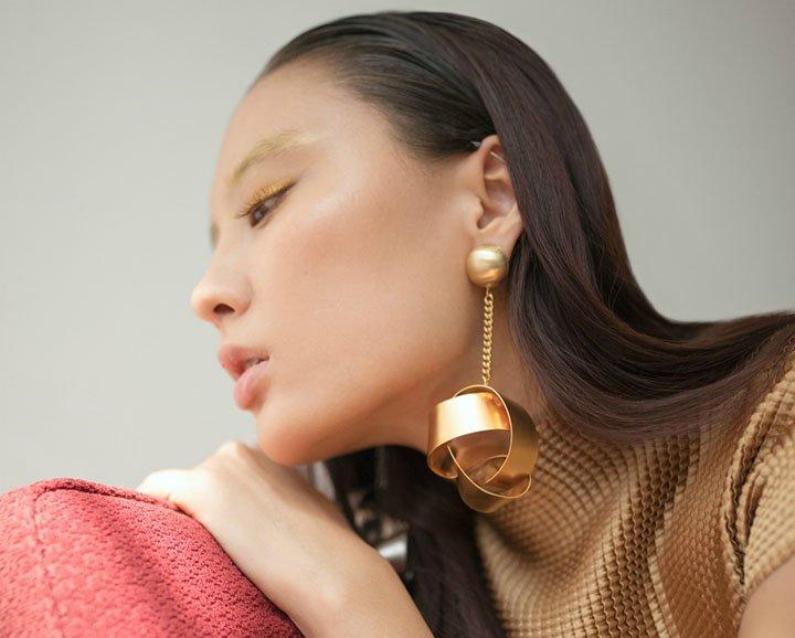 ritzy glitzy bling earring
