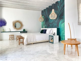 Kouros Hotel & Suites - Suite with outdoor jacuzzi