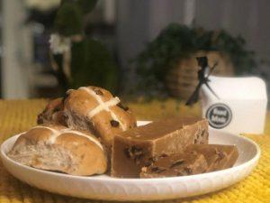 Easter round-up Hot Cross Bun fudge